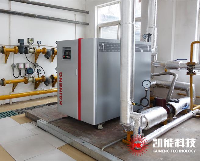 胶州市阳光酒店700KW全预混冷凝燃气供暖炉运行成功